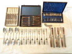 Lot consisting of 55 pieces of cutlery - 1st half of the 20th century