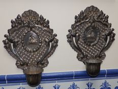 Pair of silver reliquaries to hang, with home stoup - Spain - around 1900