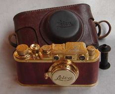FED - 'Bildberichter edition', gold plated, wood finished, with built-in rangefinder