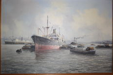 Marius de Jongere (1912 - 1977) - Loading and unloading of a freighter in the Rotterdam harbour