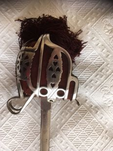 basquet  Scottish - hilted infantry  broadsword