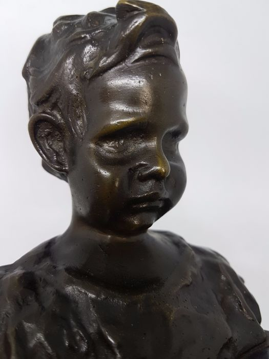 Artist unknow - Angry baby face bronze sculpture