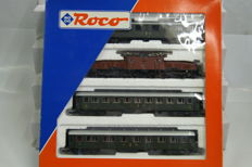 Roco H0 - 43023 - Train set Swiss Crocodile with 3 passenger carriages of the SBB