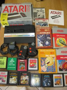 Atari 2600 Jr  Boxed  Complete with all original cable`s and controllers and   11  Games
