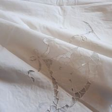 Cotton tablecloth with cutwork Italy