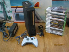 Xbox360 - 160GB - including 18 games some are sealed. games like:Xcom, Skyrim, Startrek, Halo, Gears of war 3 and more