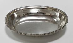 Silver oval dish with cable edges, Russia, ca. 19th century