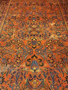 Persian carpet, Sarough, 375 x 275 cm