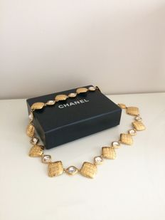 Beautiful, vintage and rare Chanel belt.
