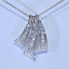 Baguette Diamond necklace – Size: 45 cm - No reserve price