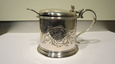 Silver plated Mustard pot Elkington & Co Birmingham 1852 with floral decorations