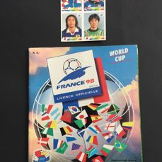 Panini - FIFA World Cup France 98 - Dutch version - Complete album with the exception of the rights that were not granted (two countries + three players) + extra