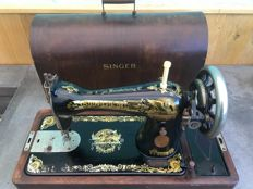 Sewing machine, Singer Manufacturing Company - 15K - Scotland, 1929