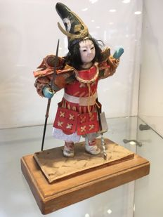 Very pretty antique Ningyo doll - Traditional warrior - Japan - circa  1940-50.