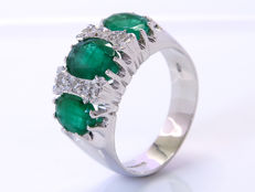 Emerald & Diamonds cocktail ring - Size: 56 - No Reserve!