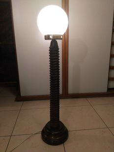 Twisted screw (lamp) XX Italy