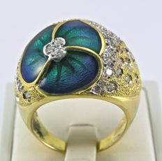 Gorgeous new ring in 18 kt yellow gold with crafted enamel and cubic zirconia stones, 15.50 g