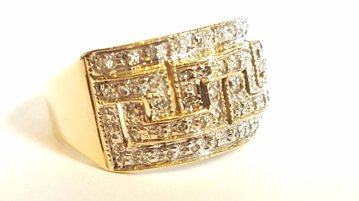 Women s vintage Greek key pattern 9kt yellow gold ring Size EU 551