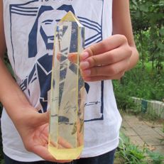 Yellow Obelisk Smelt Quartz Crystal Terminated - 218  x 55 x 49mm - 670g