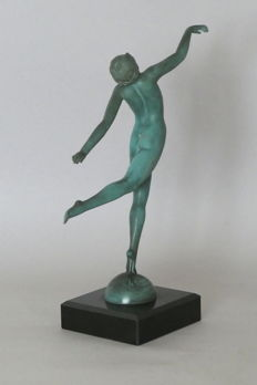 Max Le Verrier (1891-1973) - Naked dancer- Sculpture in babbitt