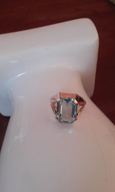 18 kt yellow gold with 5 ct aquamarine