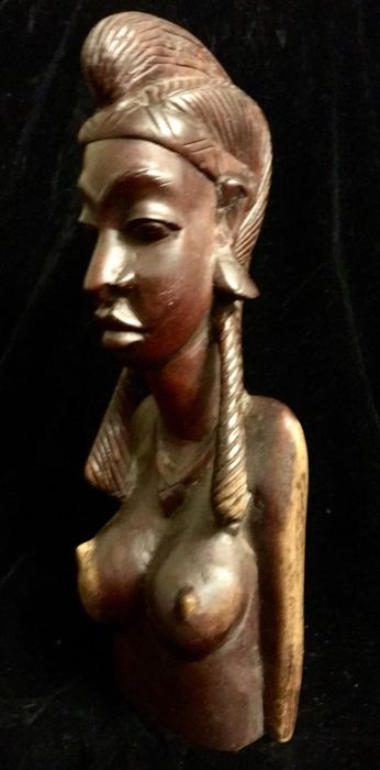 Senegal , Dakar ,  African vintage , hand carved wood of a naked woman bust