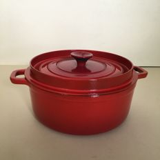 Invicta Made in France, enamelled cast iron pot