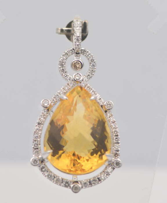 14k White Gold Yellow Citrine 19.71ct & Diamond 0.81ct  Pendant , Size L 32mm x W 20mm. Total Weight 9.2grms