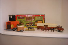 Corgi Toys - Scale 1/36-1/48 - Renegade Jeep with 'Rice' Horse Box 'Corgi Pony Club' GiftSet no.29, Rice's Pony Trailer no.102 and Berliet Race Horse Transporter no.1104