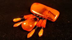 Vintage ca. 1960's Old Egg yolk colour brooch made of 100% Natural Baltic Amber