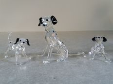 Swarovski - Dalmatian mother and her 2 puppies