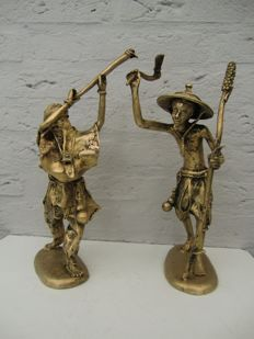 Two beautiful Bronze statues - China - approx. 1920 (Republic period 1912-1949)