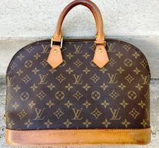 Louis Vuitton - Handbag - Alma PM