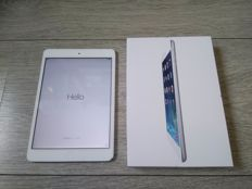 Apple iPad Mini, white - WiFi - 16GB - Model A1432 - In original box