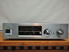 Yaqin VK-2100 hybrid tube amp of particularly high class A quality