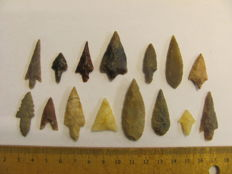Neolithic arrowheads - 18/42 mm (15)