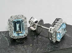 A pair of noble blue topaz brilliant stud earrings 2.10ct 750 white gold *NO reserve price*