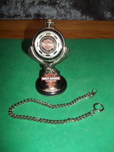 Franklin Mint - Harley Davidson® Heritage Softail pocketwatch with Eagle Display - Zeer goede en werkende staat.