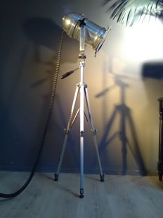 Floor lamp - tripod - Gallery/theatre - spotlight - aluminium