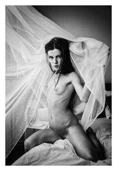 Photo; Tatjana R. Ellen - Naked Bed Story II - 2017