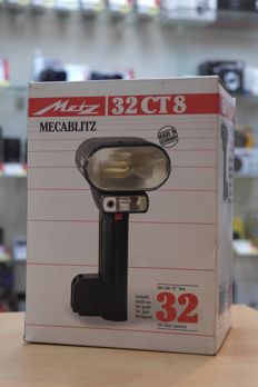 METZ 32CT8 flash