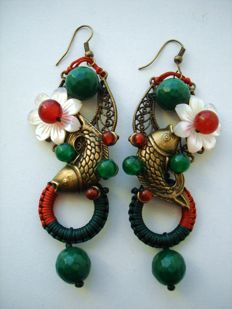 Vintage (1970s) - Huge dangle Japanese Sakura flowers Earrings with natural Gemstones - Pristine