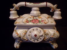 Bassano Telephone - unusual lidded box