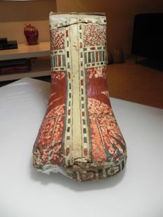 Egyptian polychromed cartonnage foot casing - 26 x 20 x 19 cm