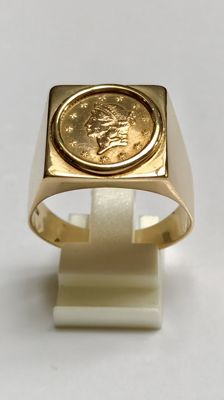 18 kt Gold men's ring with dollar coin 1853
