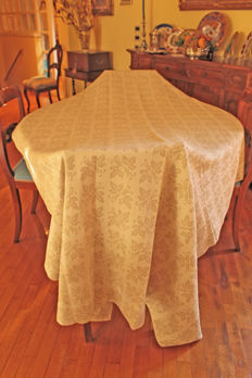 Pure linen tablecloth - hand crafted and purchased in Montefalco in the 1970s