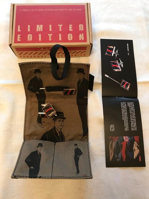 "Andy Warhol By Troika -Men's Jewelry set,Cufflinks and tie pin-""Shoes"