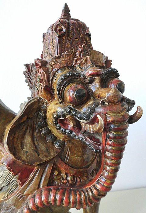 Indonesian Garuda statue, in wood - Indonesia - Mid 20th century