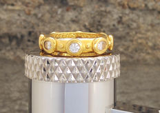 Robergé - Unique gold ring with 8 diamonds 1.47 ct - new with AIG certificate