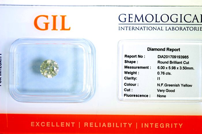 Diamond of 0.76 ct - Fancy Greenish Yellow - No Reserve Price